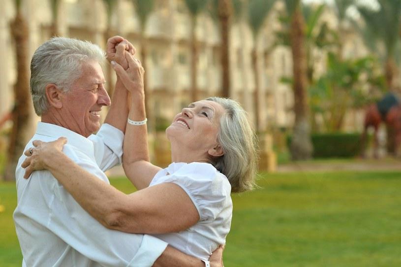 Tańczyć można w każdym wieku (zdj. ilustracyjne) /123RF/PICSEL