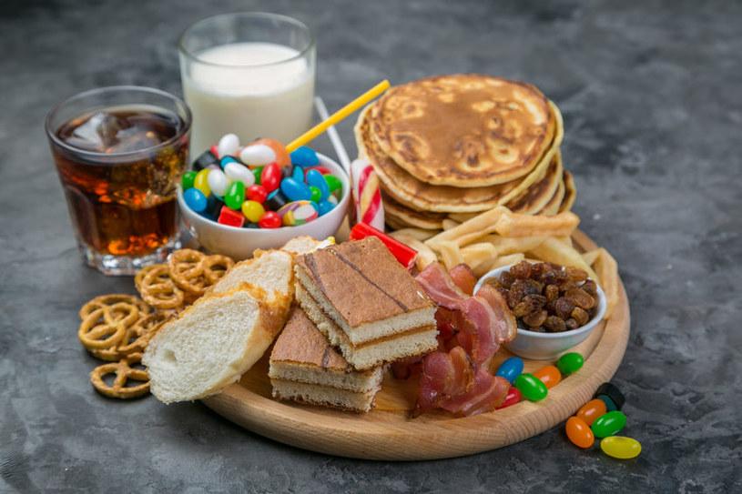 Tanie jedzenie szkodzi /©123RF/PICSEL