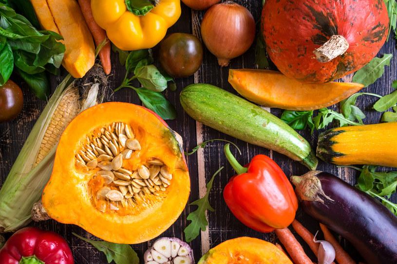 Tanie, smaczne, skuteczniejsze niż witaminowe suplementy z apteki! Warzywa, owoce i zioła w pełni zasługują na miano superżywności /123RF/PICSEL