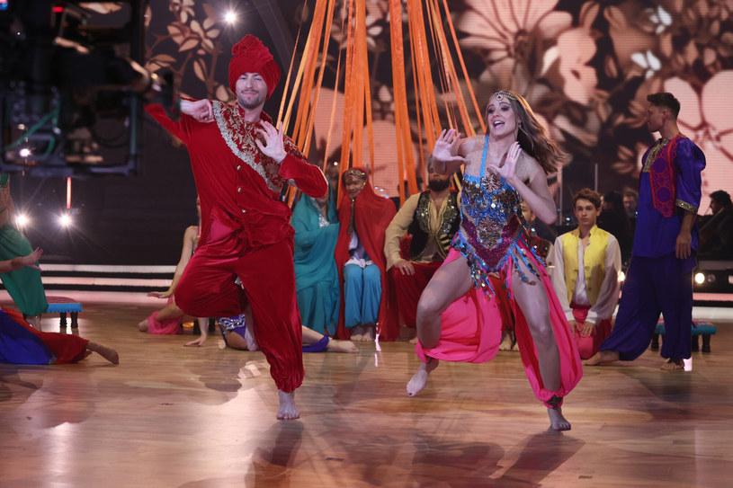 """""""Bailando con las estrellas"""" / Noticias de Sharq"""