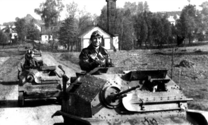 Tankietki TK-3 i TKS (na zdjęciu) stanowiły podstawę uzbrojenia polskich kompanii pancernych w 1939 roku /Narodowe Archiwum Cyfrowe /materiały prasowe