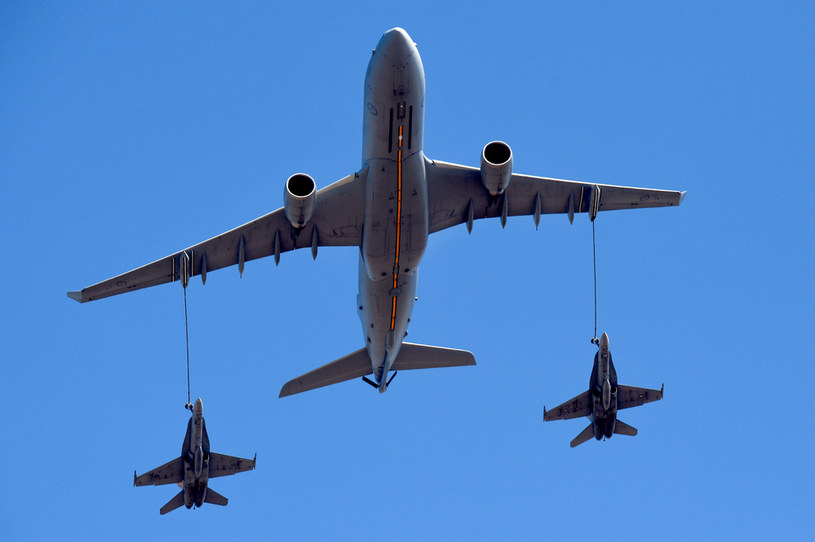 Tankowanie w powietrzu ewoluuje od lat /AFP