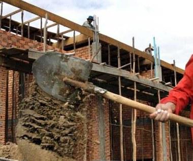 Tańsze w budowie, czy wybudowane