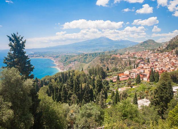 Taormina: Koniecznie trzeba też spróbować tamtejszego wina /123RF/PICSEL
