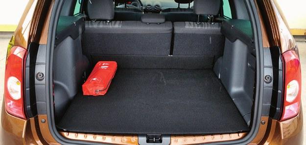 Tapicerka w bagażniku jest fatalna, ale dla użytkowników ważniejsza jest jego pojemność: 475-1635 l (2WD). /Motor