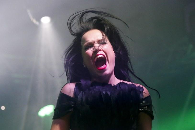 Tarja Turunen po 12 latach wystąpiła razem z Marco Hietalą, grającym na basie wokalistą Nightwish /Fot. Piotr Zajac /Reporter