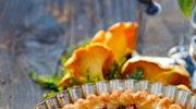 Tarta z kurkami i serem