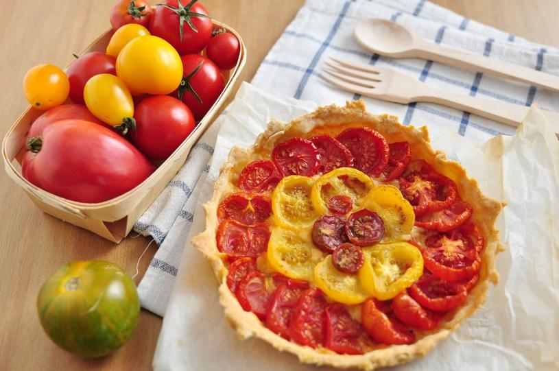 Tarta z pomidorami /123RF/PICSEL