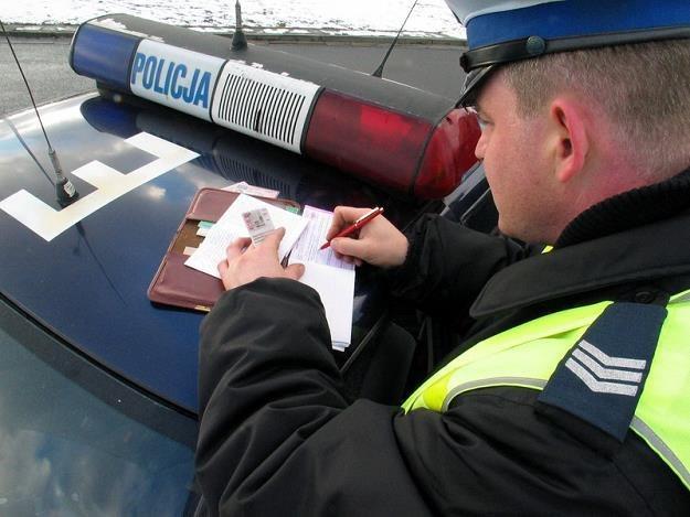 Taryfikator określa sztywno wysokość mandatu. Tak nie powinno być, fot. Marcin Łobaczewski /Reporter