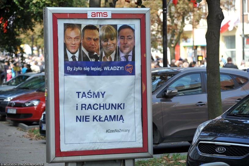 Taśmy wstrząsnęły sceną polityczną /Wojciech Stróżyk /Reporter
