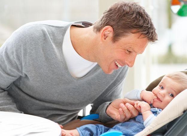 Tata na urlopie wchowawczym nie jest już niczym nowym /© Panthermedia