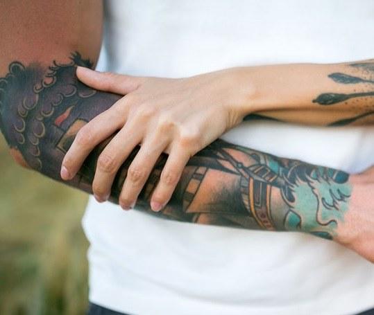 Tatuaż a infekcje /©123RF/PICSEL
