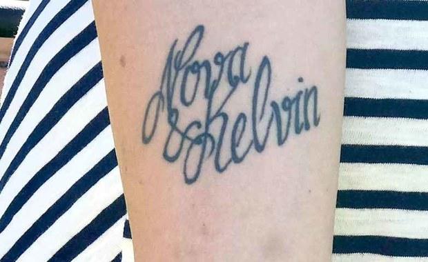Tatuażysta zrobił błąd. Zamiast usunąć tatuaż, zmieniła synowi imię