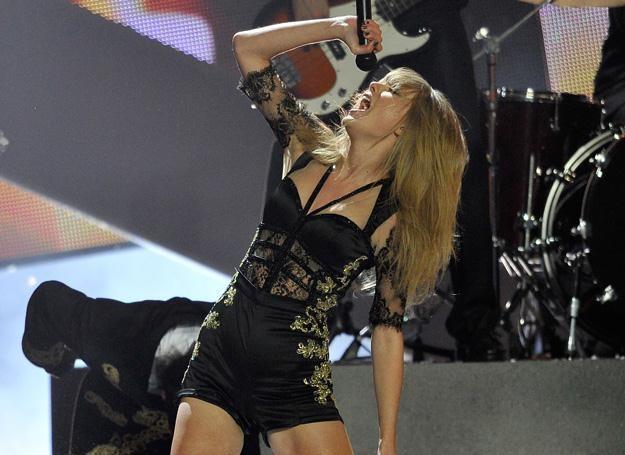 Taylor Swift na gali Brit Awards - fot. Matt Kent /Getty Images/Flash Press Media