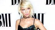 Taylor Swift powiększyła sobie biust?