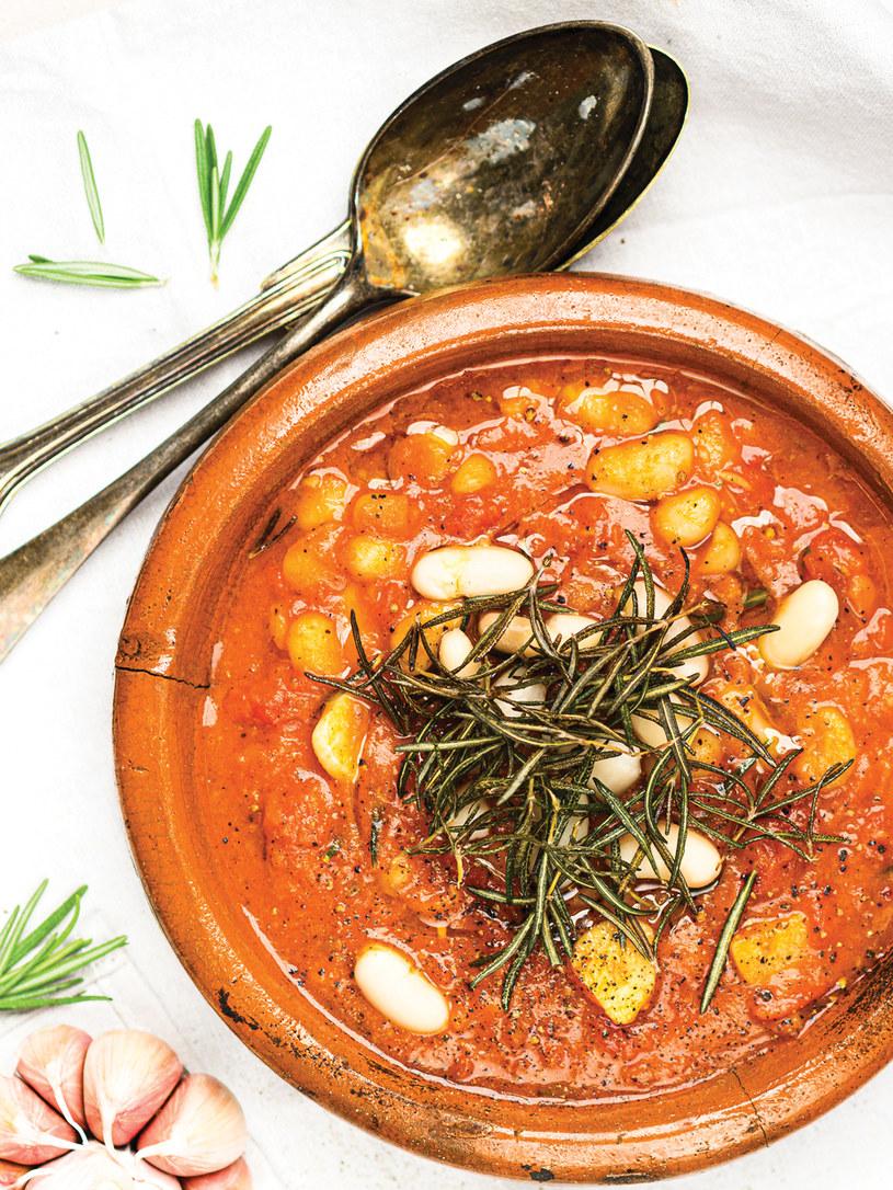 Tę pyszną, aromatyczną zupę przygotujesz w zaledwie 15 minut /materiały prasowe