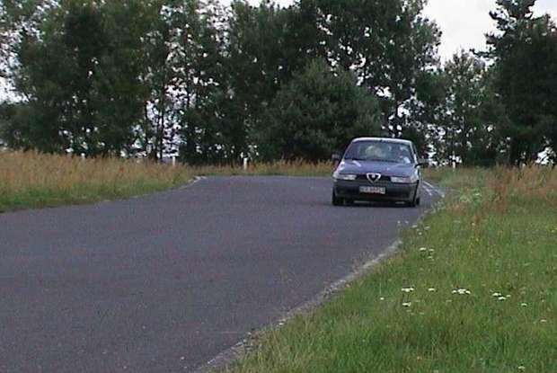 Techniki jazdy można uczyć się na torze pod okiem instruktora / Kliknij /INTERIA.PL