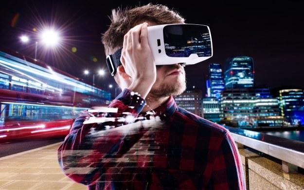 Technologia VR daje ogromne możliwości. Zupełnie nie dziwi jej coraz szersza ekspansja na rynku /123RF/PICSEL