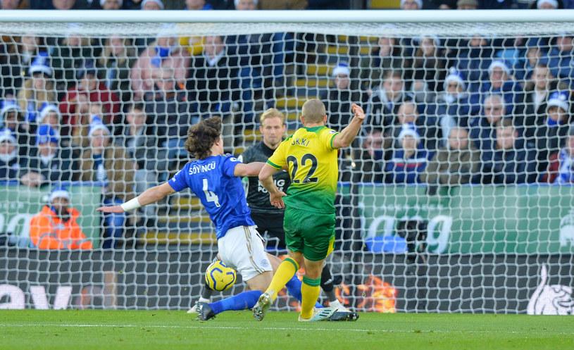 Teemu Pukki strzela gola dla Norwich /Getty Images