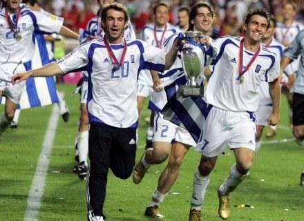 Tego nie spodziewał się absolutnie nikt! Euro 2004 wygrali Grecy! /AFP