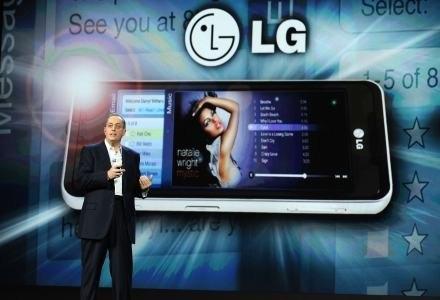 Telefon LG na platformie Intela /AFP