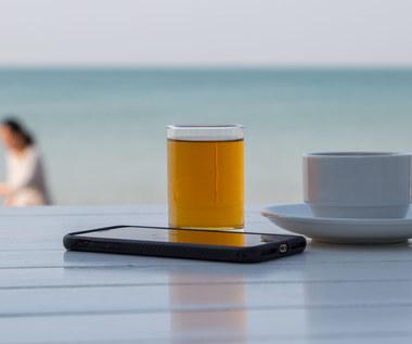 Telefon na wakacjach - jak o niego zadbać?