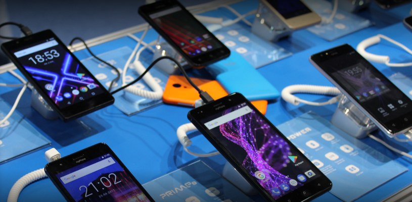 Telefony mPTech na poprzednich targach MWC /materiały prasowe