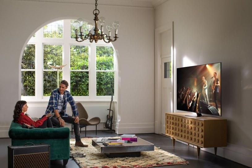 Telewizor QLED Q80T sprawdzi się doskonale do wielu zadań poza grami wideo /materiały promocyjne