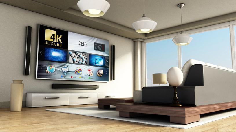 Telewizory 4K nieustannie zyskują popularność /123RF/PICSEL