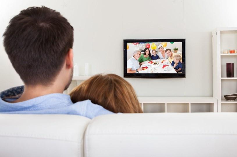 Telewizory mogą okazać się równie groźne co komputery czy smartfony /123RF/PICSEL