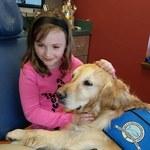 Ten pies pomaga pacjentom przetrwać wizytę u dentysty!