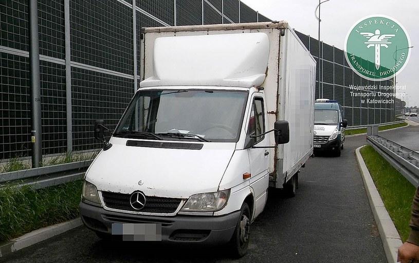 Ten pojazd poruszał się po drogach, pomimo tego, że miał zatrzymany dowód rejestracyjny /ITD