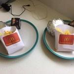 Ten tata zrobił dzieciom domowy McDonald's!