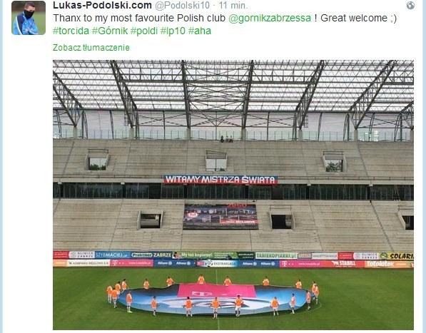 Ten twitt Łukasza Podolskiego powędrował do dwóch milionów kibiców z całego świata, którzy śledzą jego poczynania. /INTERIA.PL
