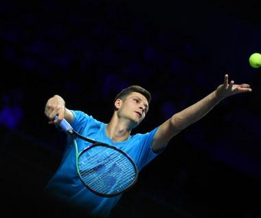 Tenis. Turniej ATP w Metz. Hubert Hurkacz pokonał w finale Pablo Carreno Bustę