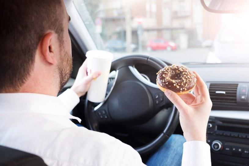 Teoretycznie utrata prawa jazdy po ciastkach jest możliwa... /