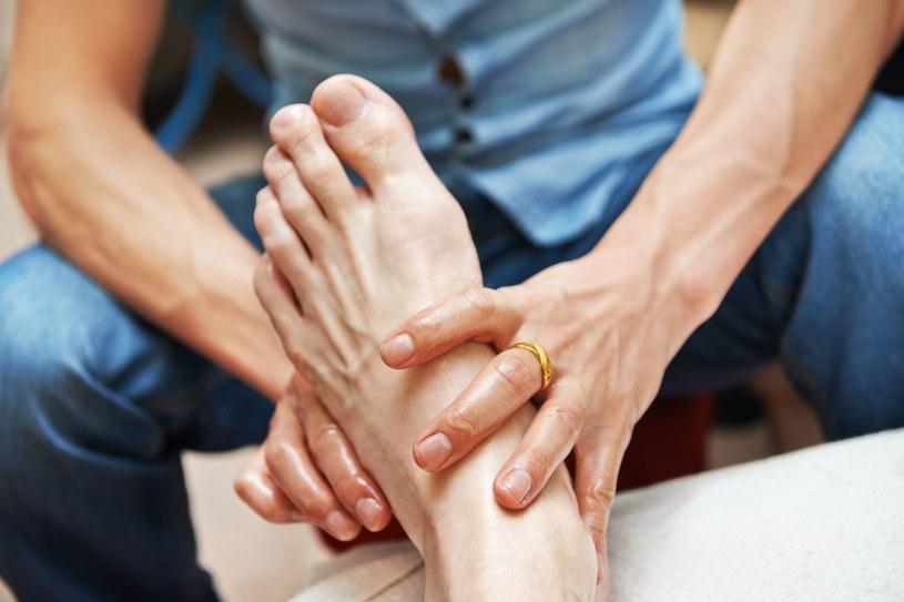 Terapie biologiczne w ortopedii bazują na składnikach, które nasz organizm wytwarza sam /123RF/PICSEL