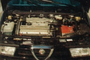 """Teraz już naprawdę komora silnikowa """"155"""" wypełniona została po brzegi. /Motor"""