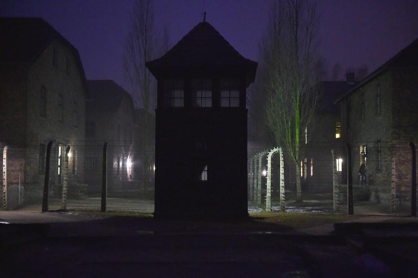 Teren byłego obozu Auschwitz I, w dniu obchodów 73. rocznicy wyzwolenia niemieckiego obozu zagłady KL Auschwitz-Birkenau / Jacek Bednarczyk    /PAP