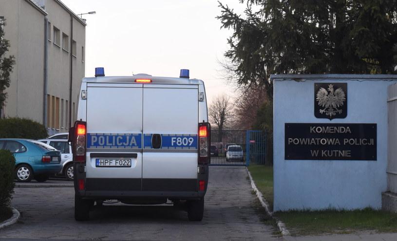 Teren Komendy Powiatowej Policji w Kutnie, fot. Grzegorz Michałowski /PAP