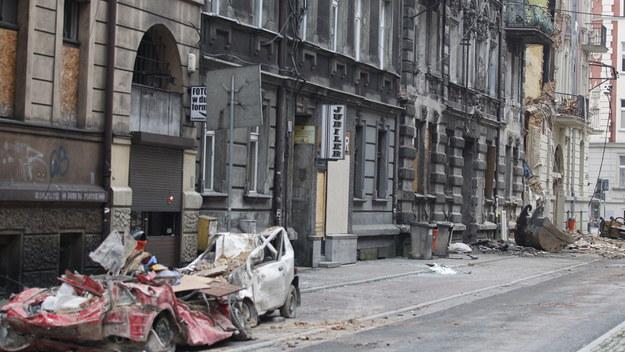 Teren zniszczonej w wybuchu gazu kamienicy, gdzie zakończyła się akcja ratownicza /Andrzej Grygiel /PAP