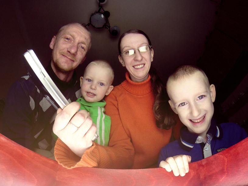Teresa i Paweł z rodziną /materiały prasowe