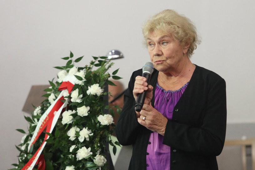 Teresa Lipowska na pogrzebie Emila Karewicza /Tomasz Jastrzębowski /East News