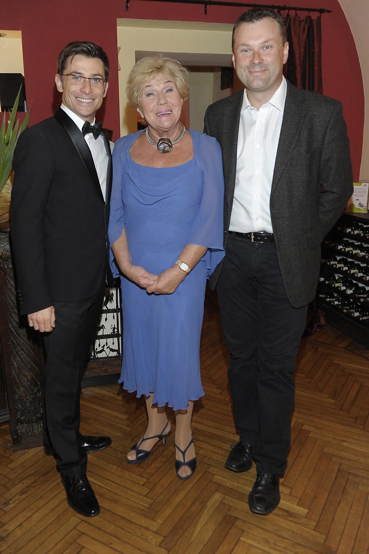 Teresa Lipowska, na zdj. z Kacprem Kuszewskim oraz synem /Niemiec /AKPA