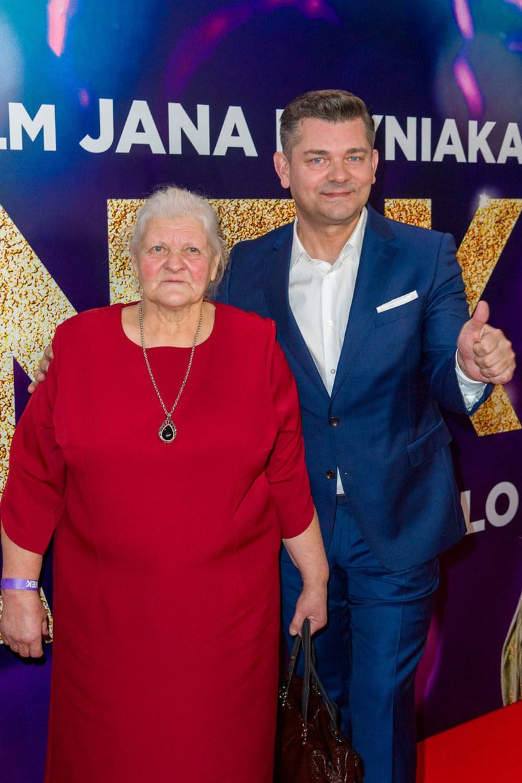 Teresa Martyniuk z synem Zenkiem Martyniukiem /Artur Zawadzki /Reporter