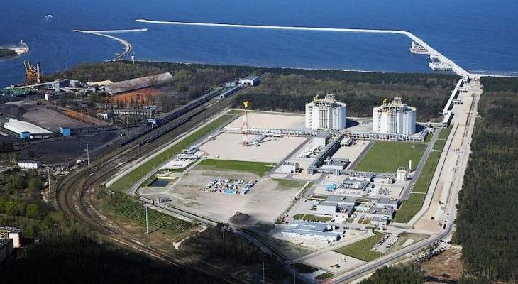 Terminal LNG w Świnoujściu zostanie rozbudowany o kolejny zbiornik. Fot. Gaz-System. /materiały prasowe