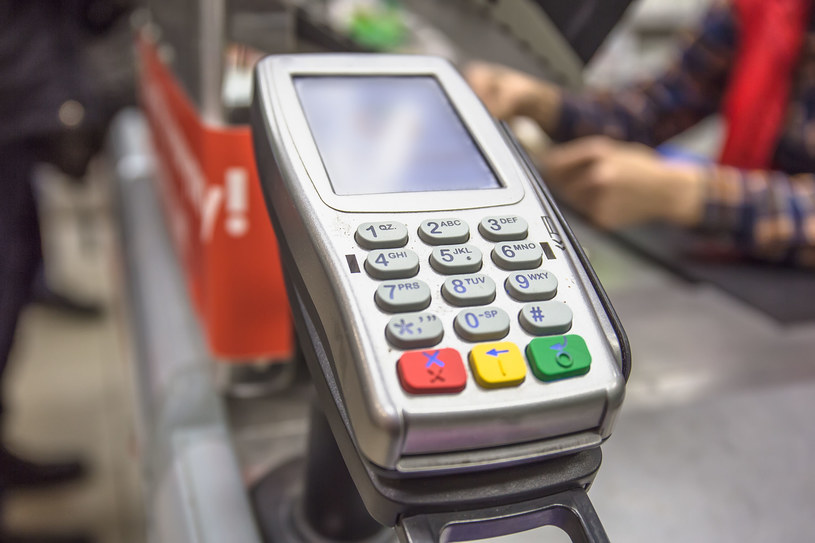Terminal płatniczy, zdjęcie ilustracyjne /123RF/PICSEL