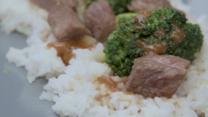 Ternera con brócoli al estilo asiático