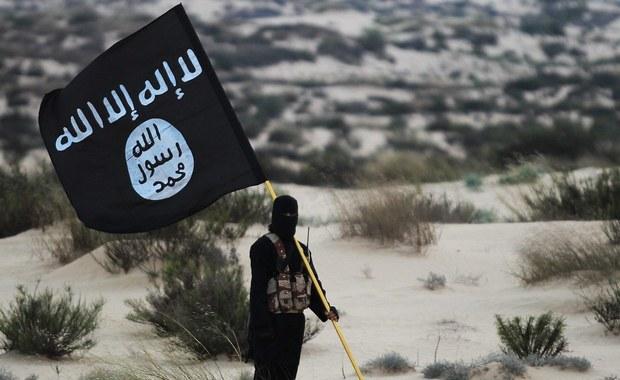 """Terroryści z ISIS mają nową bazę. """"Liczba ofiar ataków cały czas rośnie"""""""