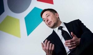 Tesla ma poważne kłopoty, a Musk je ignoruje?